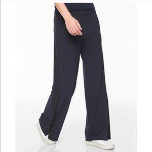 Athleta Gramercy Snap Button Track Pants 2 Black